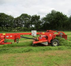 Kuhn 8ft mower conditioner with grouper