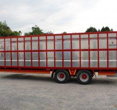 28ft Livestock trailer