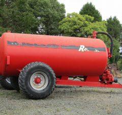 Ruscon 1600 gallon vacuum tank