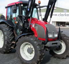 valtra a93 with front loader