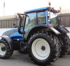 2010 Valtra T131 tractor