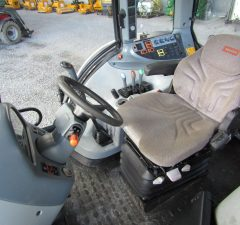Y173 valtra tractor