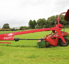 taarup mower conditioner with grouper