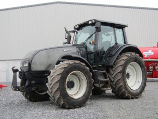 valtra t121 hi tech tractor