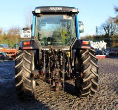Valtra A95 tractor